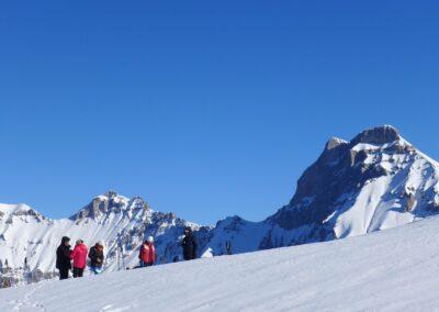 Raquettes à neige pour le réveillon, face au Grand-Ferrand, Dévoluy
